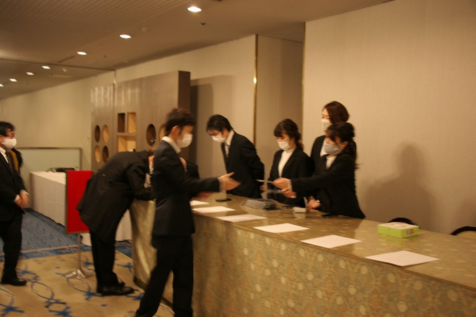 大阪動植物海洋専門学校卒業式の受付